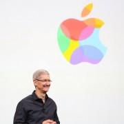 """""""Apple"""" paviešino """"iPhone"""" pristatymo renginio vaizdo įrašą"""