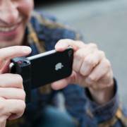 """Profesionalus fotografas tolimai kelionei fotoaparatą iškeitė į """"iPhone 5S"""""""
