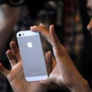 """Telefono """"iPhone 5S"""" gamyba skaičiais"""