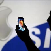 """""""Apple"""" iš """"Samsung"""" reikalauja 379 mln. JAV dol. žalai atlyginti"""