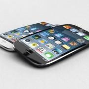 """""""Bloomberg"""": kitąmet """"Apple"""" pristatys lenktus ekranus turinčius du """"iPhone"""" modelius"""
