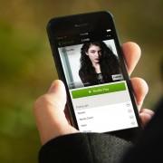 """""""Spotify"""" pristatė galimybę nemokamai klausytis muzikos ir telefone"""