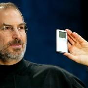 """""""Sony"""" jau turi filmo apie Steve'ą Jobsą scenarijų"""