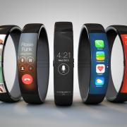 """Išmanusis laikrodis per pirmus metus """"Apple"""" atneštų milijardines pajamas"""