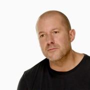 """""""Apple"""" dizaineris Jony Ive'as perima vartotojo sąsajos kūrimo grupę, jos vadovas palieka """"Apple"""""""