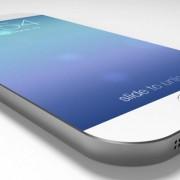 """Internete nutekėjusios nuotraukos atskleidė, kokio storio bus """"iPhone 6"""" korpusas"""