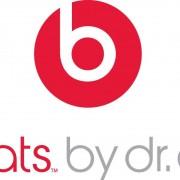 """Oficialu: """"Apple"""" perka ausinių gamintoją """"Beats"""""""