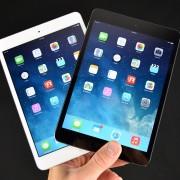 """""""Samsung"""" pagamina 6 iš 10 """"iPad"""" skirtų ekranų"""