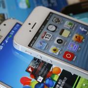Trečdalis parduodamų išmaniųjų telefonų – su didesniais nei 5 colių įstrižainės ekranais
