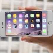 """""""iPhone 6 Plus"""" vartotojai sunaudoja dvigubai daugiau mobilių duomenų už """"iPhone 6"""" vartotojus"""