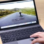 """Paaiškėjo, kiek Lietuvoje kainuos naujieji """"MacBook"""" kompiuteriai"""
