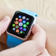 """Paaiškėjo išmaniojo laikrodžio """"Apple Watch"""" komponentų savikaina"""