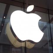 """""""Apple"""" didina kainas Europoje, kol JAV doleris ir toliau išlieka stiprus"""