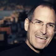 """Steve'o Jobso vizitinės iš """"Apple"""", """"Pixar"""" ir """"NeXT"""" iškeliavo į aukcioną"""