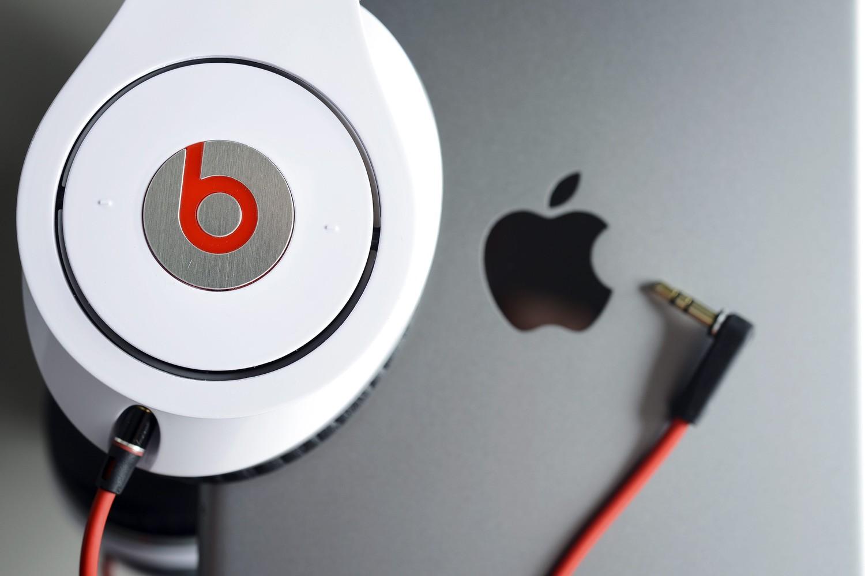 """""""Apple"""" ir """"Beats"""""""