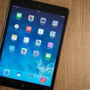 """""""Apple"""" nutraukė prekybą pirmos kartos planšetiniu kompiuteriu """"iPad mini"""""""
