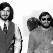 Steve'as Wozniakas apie greit pasirodysiantį S. Jobso filmą atsiliepia tik geriausiais žodžiais