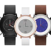 """""""Pebble"""" išleido pirmąjį ovalios formos išmanųjį laikrodį"""