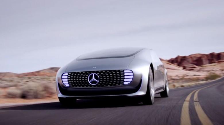 Mercedes_F_015-780x438