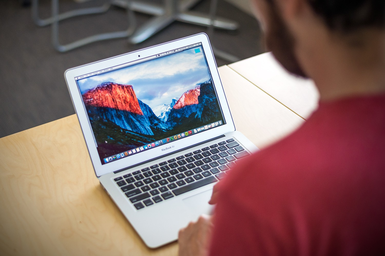 """Po """"El Capitan"""" atnaujinimo """"Mac"""" vartotojai susiduria su problema prisijungiant prie """"iMessage"""" ir """"FaceTime"""""""