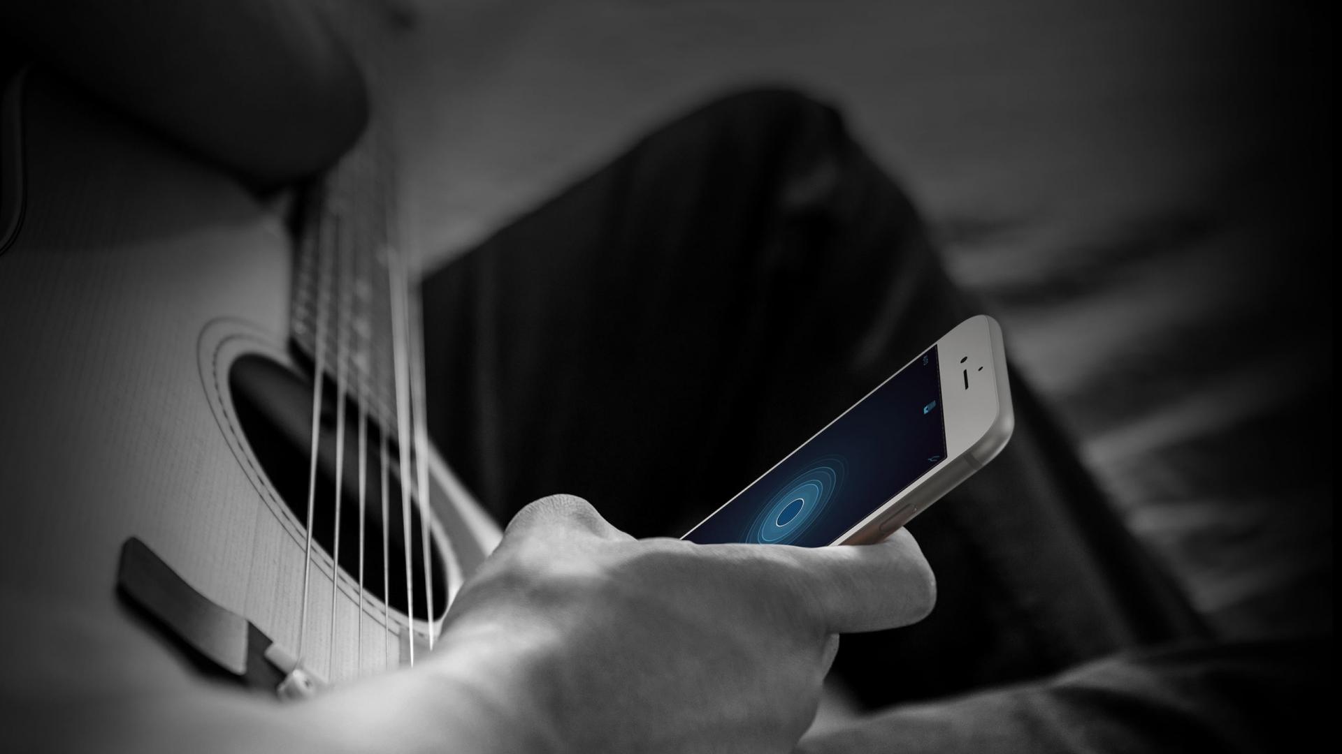 """""""Apple"""" išleido naują muzikantams skirtą garso įrašymo aplikaciją"""