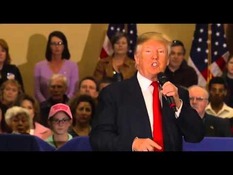 """Donaldas Trumpas siūlo boikotuoti """"Apple"""" produktus, """"Apple"""" tai kelia tik šypseną"""