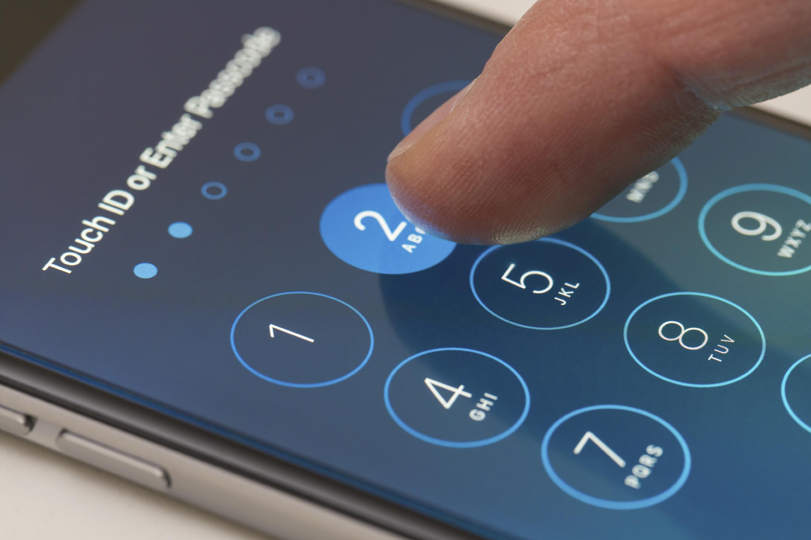 """FTB """"nulaužti"""" """"iPhone"""" galimai padeda Izraelio bendrovė"""