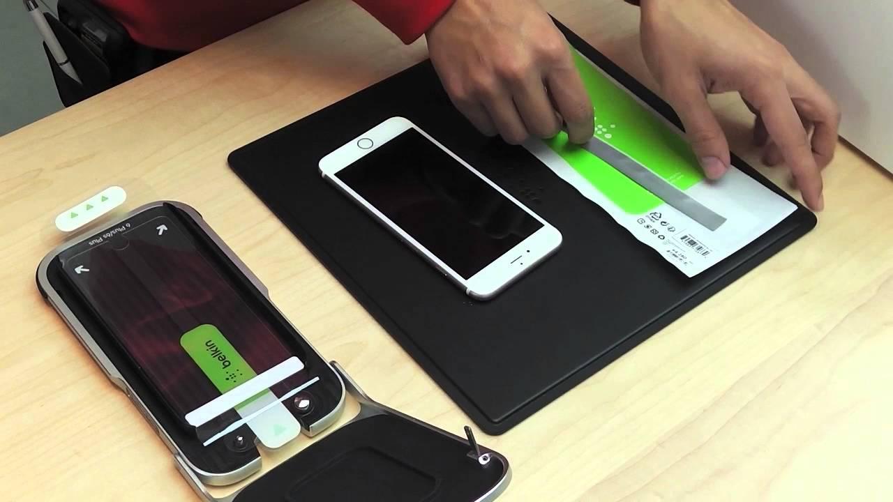 """""""Apple"""" savo parduotuvėse ant telefonų pradės klijuoti plėveles"""