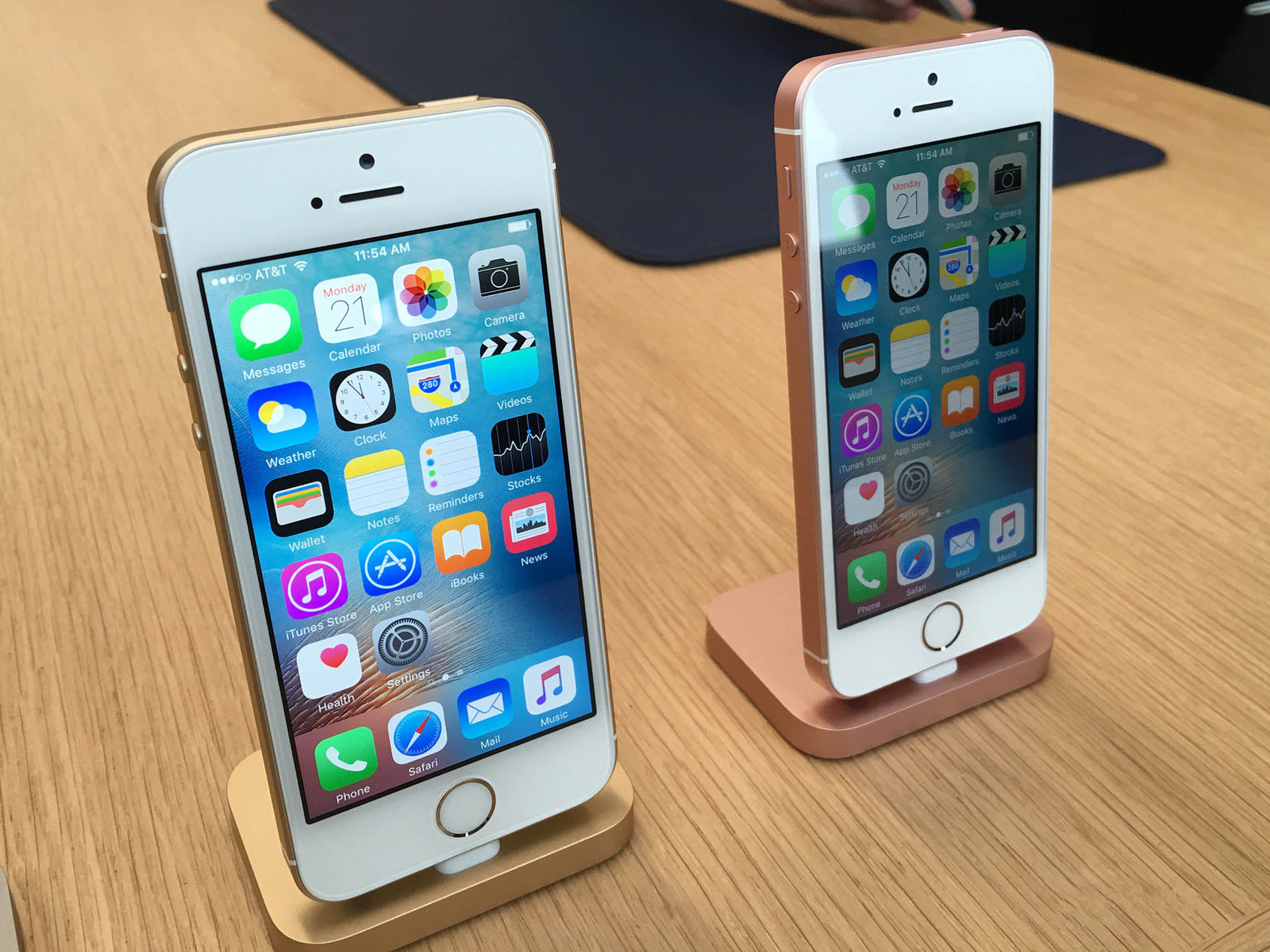 """""""iDeal"""" atskleidė naujų """"iPhone SE"""" ir """"iPad Pro"""" kainas Lietuvoje"""